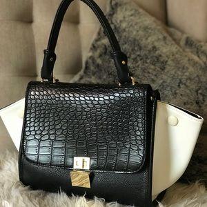 C Trapeze Handbag
